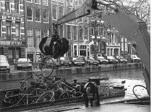 Street Photography Amsterdam Bike garbage