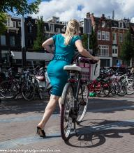 Dutch-bikegirl