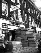 Street Photography Amsterdam Hotel