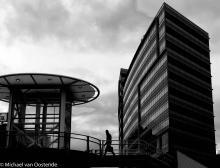 Street Photography Amsterdam walk over