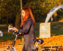 Street Photography Amsterdam snack-lady